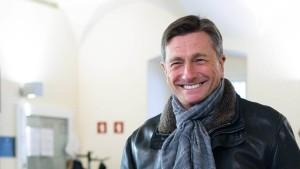 Sloweniens Staatspräsident Pahor wiedergewählt
