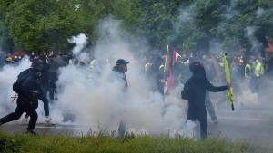 """Ausschreitungen bei """"Gelbwesten""""-Protesten in Straßburg"""