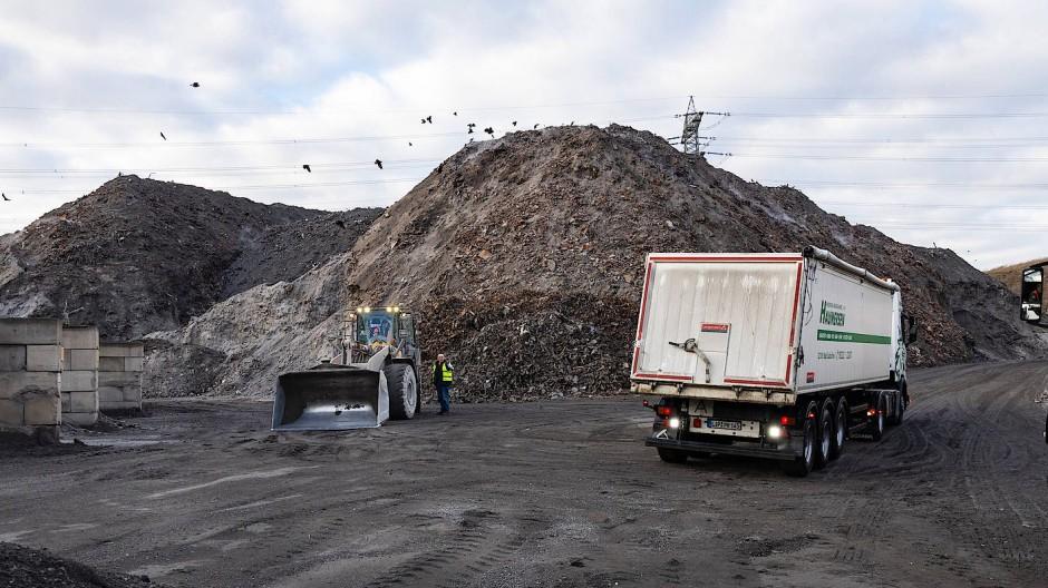 Die Mülldeponie in Flörsheim-Wicker: Hier fand die Polizei Knochen der getöteten Iryna U.