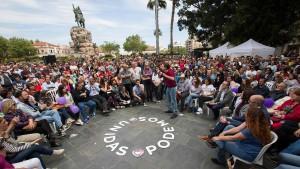 Mit Falschinformationen gegen Podemos