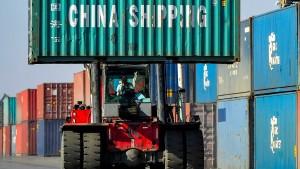 Exporte wachsen, aber Industrie hält Aussichten für trüb