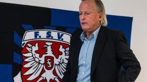 "Trotz Debakels gegen den OFC: ""Conrad bleibt Trainer"""