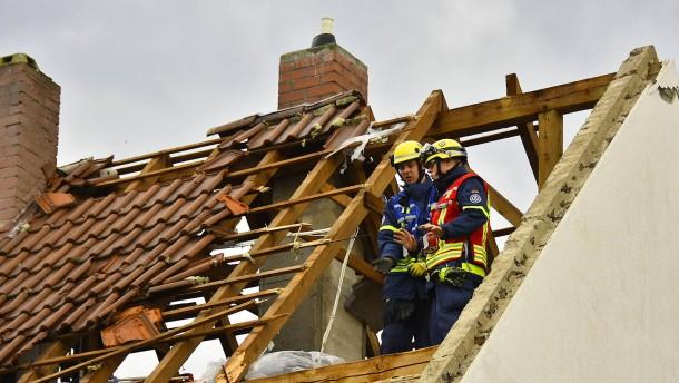 Tornado beschädigt Häuser in Rheinland-Pfalz
