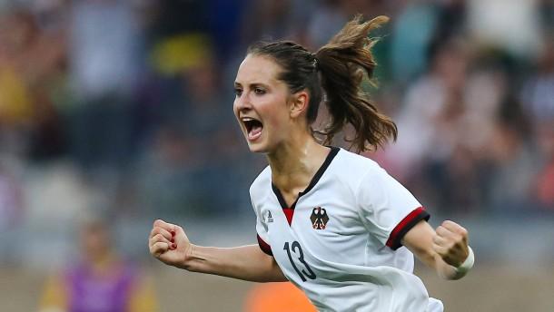 Däbritz schießt Deutschland ins Finale