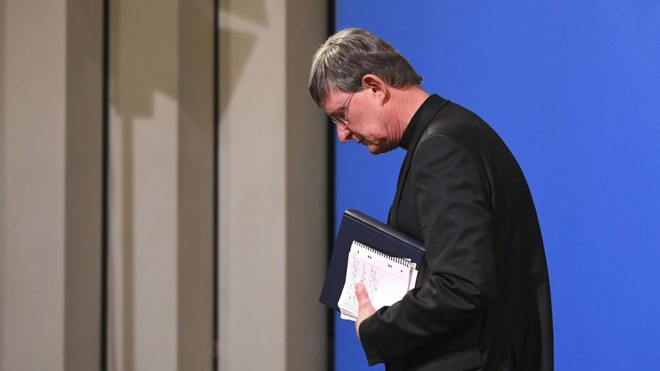 Nur er ist noch übrig: Erzbischof Rainer Maria Woelki am Donnerstag in Köln bei der Vorstellung des Gutachtens zum Umgang mit Missbrauchsvorwürfen.