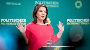Grünen-Chefin fordert Schnelltests an Schulen