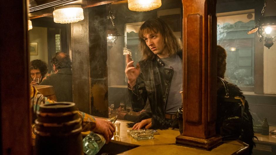 """Jan Bülow als Udo in einer Szene des Films """"Lindenberg! Mach dein Ding!"""""""
