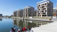 Am Wasser gebaut: Wohnhäuser am Offenbacher Hafen