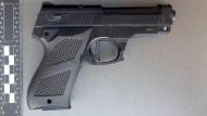 Die Spielzeugpistole, aufgenommen bei der Bundespolizei.