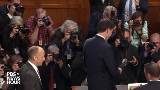 Der Ex-FBI-Chef kommt zur Anhörung