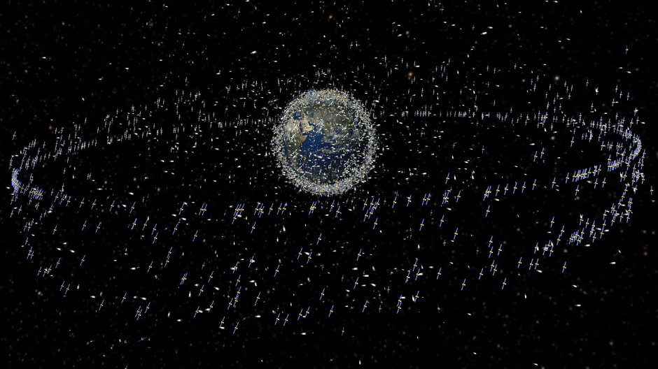 Die Computersimulation der Europäischen Raumfahrtbehörde zeigt Weltraumschrott in der Erdumlaufbahn.