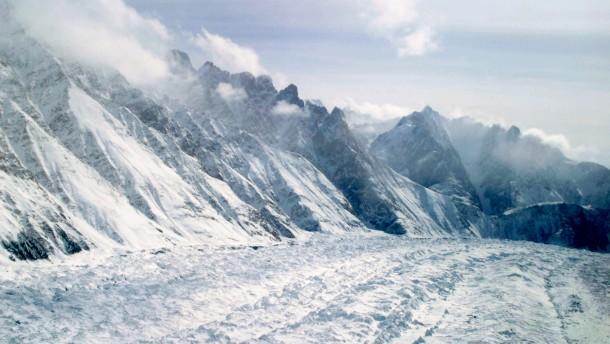 Vier tote Bergsteiger im Himalaja gefunden