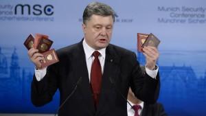 Poroschenkos Nummer mit den Pässen
