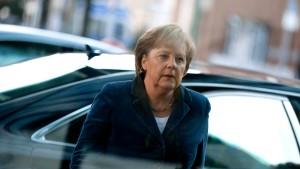 Merkel warnt vor Pleite Griechenlands