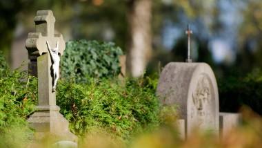 Wird der Tod durch die Sterbehilfe zum Gegenstand von Kosten-Nutzen-Rechnungen?