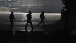 Mehr als zwanzig Tote bei Angriff auf Luxushotel
