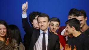 Macron liegt klar vor Le Pen
