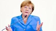 Merkel zeigt sich erschüttert
