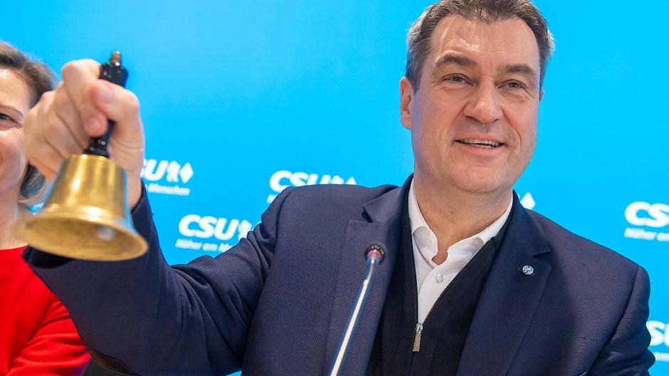 Der CSU-Vorsitzende, Ministerpräsident Markus Söder, eröffnet am Montag die Sitzung des CSU-Vorstands in München.