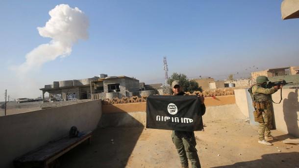 """Dem """"Islamischen Staat"""" geht das Geld aus"""