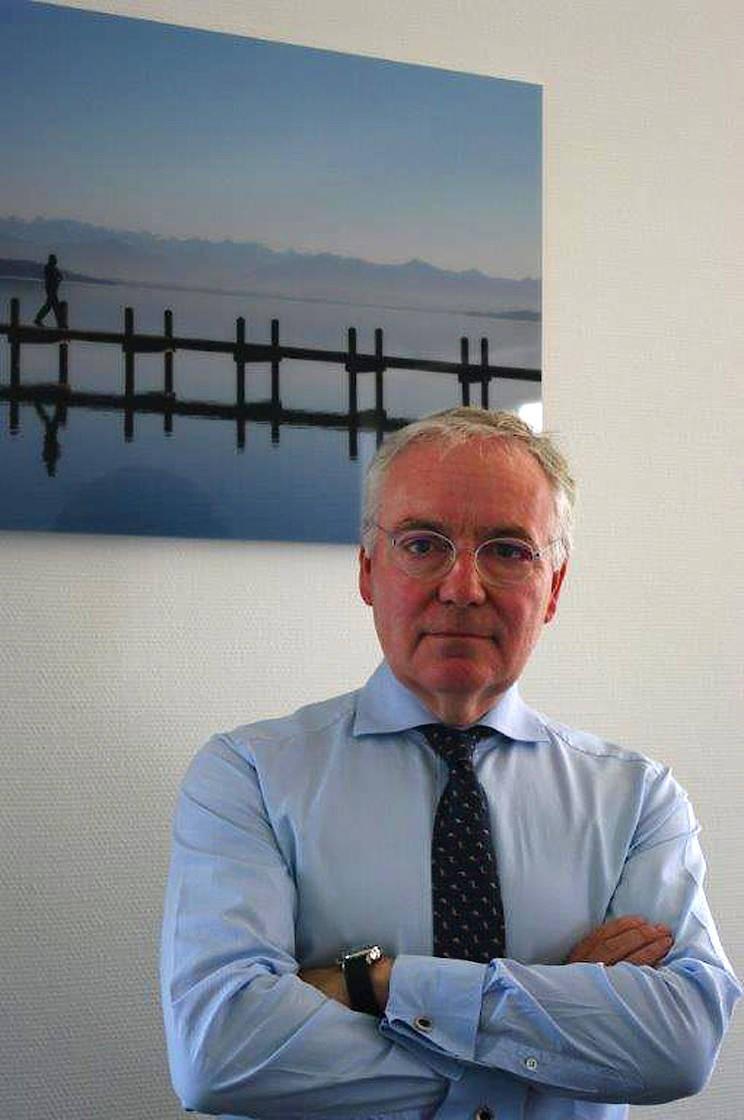 Dr. Rudolf Ratzel ist Fachanwalt für Medizinrecht in München und Vorsitzender des Gesetzgebungsausschusses für Medizinrecht des Deutschen Anwaltverein<MD>s.