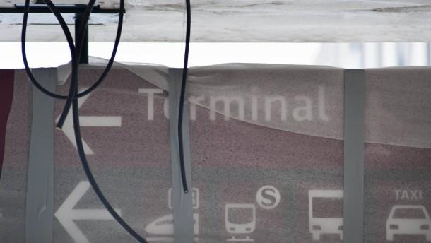 """""""Bild am Sonntag"""": Mehr als 20.000 Maengel am Flughafen BER"""