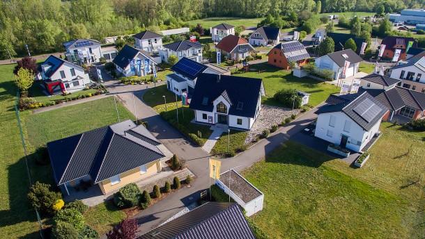 Die Deutschen lieben ihre Häuser