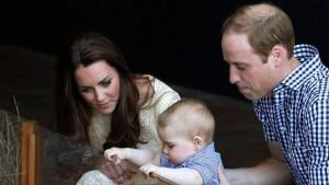Baby George punktet für die Urgroßmutter