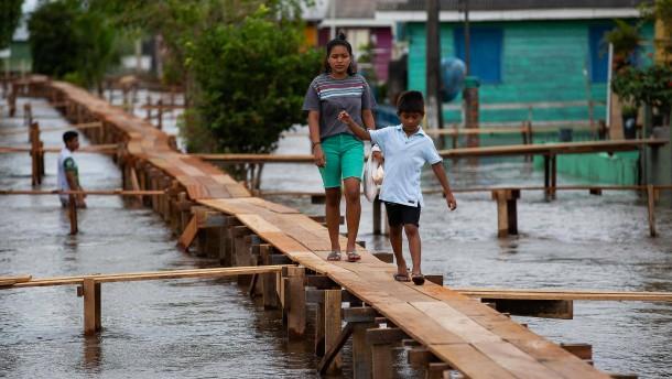 Rekordverdächtige Fluten im Amazonasgebiet