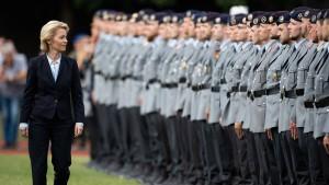 Bundeswehr bekommt noch mehr Geld