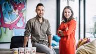 Ganz am Anfang wurde das Nomoo-Eis von Jan Grabow und Rebecca Göckel in einer Salatbar hergestellt.