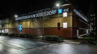 Universitätsklinikum Düsseldorf: Hierhin soll der am Coronavirus erkrankte Patient gebracht werden.