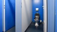 Toilette an einer deutschen Bildungseinrichtung (Symbolbild)