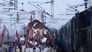 Landesweite Proteste gegen Wirtschaftsreformen