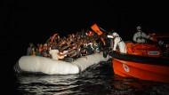 Rettungsoperation der Hilfsorganisation Malteser im Mittelmeer.