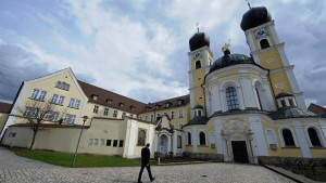 Tebartz-van Elst findet Aufnahme im Kloster Metten