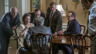 Lächeln und Summen: Die Verlegerin Kay Graham (Meryl Streep) braucht Zeit, bis sie sich in der männerdominierten Branche zurecht findet.