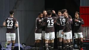 FC St. Pauli klettert mit Sieg auf Platz acht