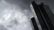 Hoffentlich hat hier bald mal jemand eine gute Idee: Die Zentrale der Deutschen Bank in Frankfurt am Main.