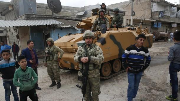 Amnesty prangert Türkei für Verbrechen in Syrien an