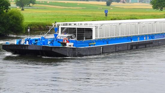 Erster Castor-Transport per Schiff