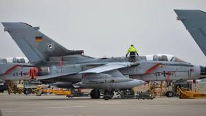 Bundeswehr-Tornado muss im Nordirak landen