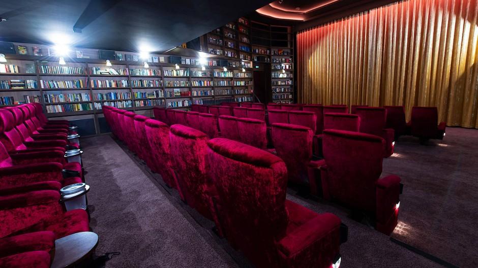 Leere Kinosäle: Nach monatelanger Schließung öffnen viele Kinos am 1. Juli wieder ihre Pforten.