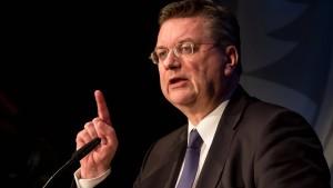 DFB-Präsident Grindel kritisiert Fifa-Politik von Infantino