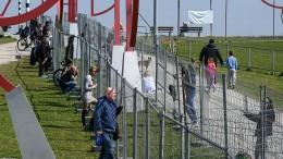 Neue Zäune trennen Liebespaare an Deutsch-Schweizer Grenze