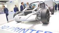 Frisch aus dem 3D-Drucker: ein Sportwagen auf der Messe Formnext