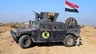 Erste Verteidigungsstellungen in Mossul zerstört