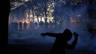 Paris im Ausnahmezustand: Für das Wochenende wurden weitere Proteste angekündigt.