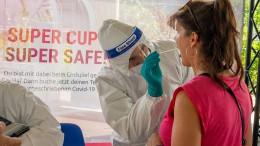 Zahl der Neuinfektionen verharrt über 2000 Fällen