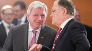 Bouffier: Hessen zahlt 580 Millionen Euro weniger